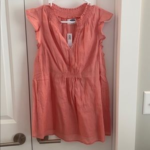 Old Navy maternity top size small peach/pink
